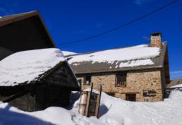 village chazelet grenier